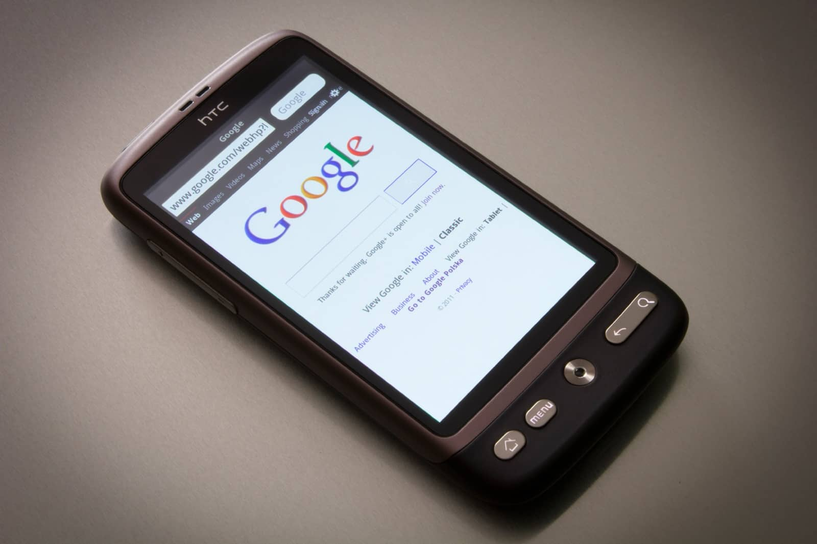 Google displayed on a mobile phone